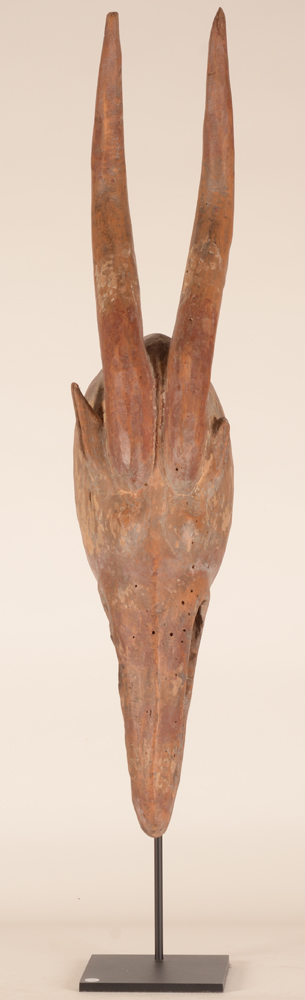 African Mask — Un masque d'antilope, probablement Burkina Faso, d'une importante collection privee Bruxelloise.