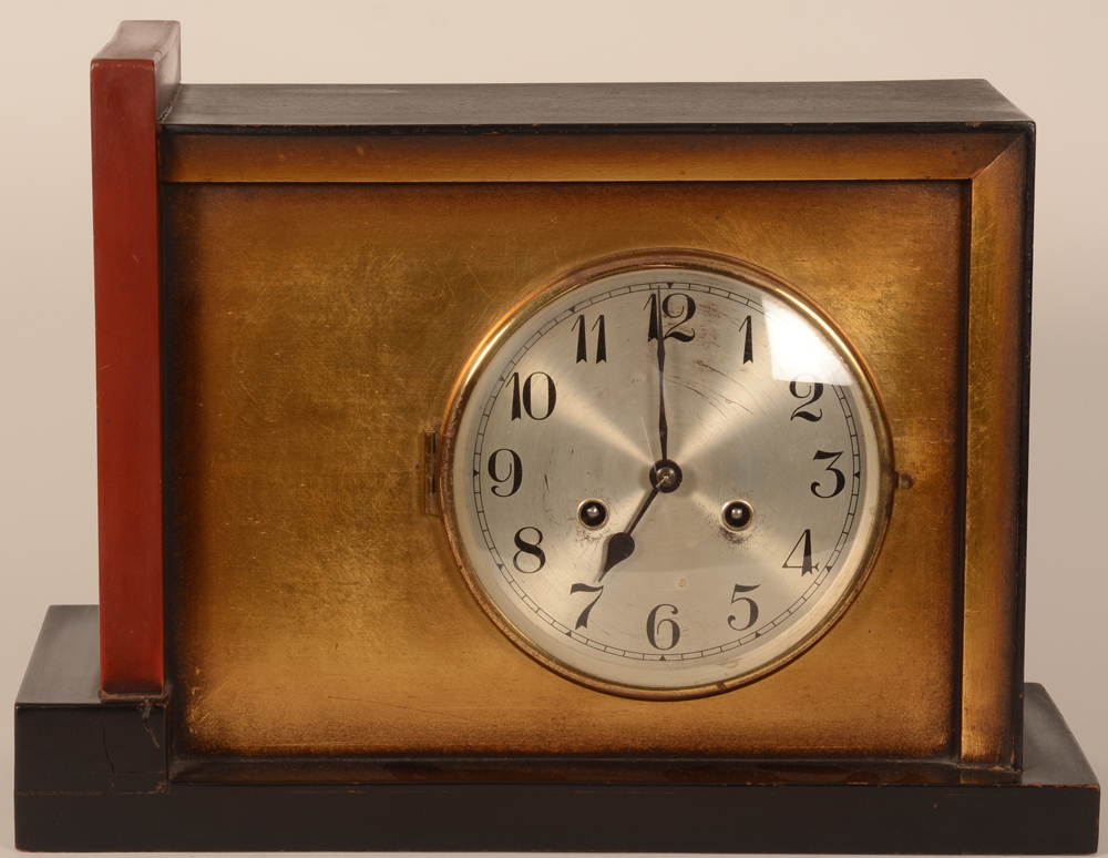 Art Deco clock — Pendule art deco en bois patine