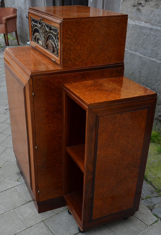 Art Deco desk — Right hand side of the cabinet