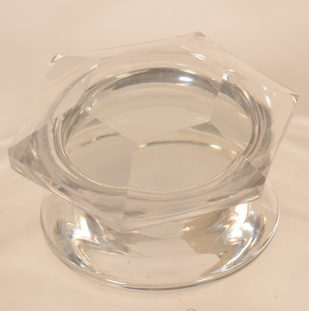 Giant glass lidded jar — In good overall condition with a hexagonal cut knob<br>
