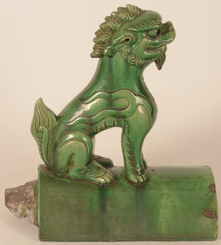 Chinese roof tile Fo lion — Alternate profile view