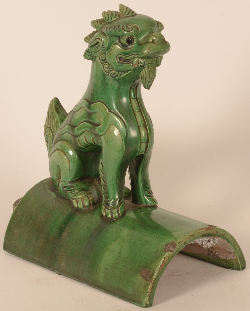 Chinese roof tile Fo lion — View from the side