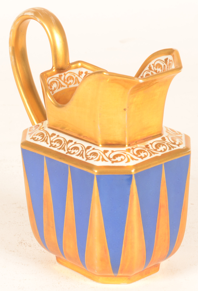 Darte Palais Royal Paris — Side view of this milk jug with an almost modernist decoration in gold and blue