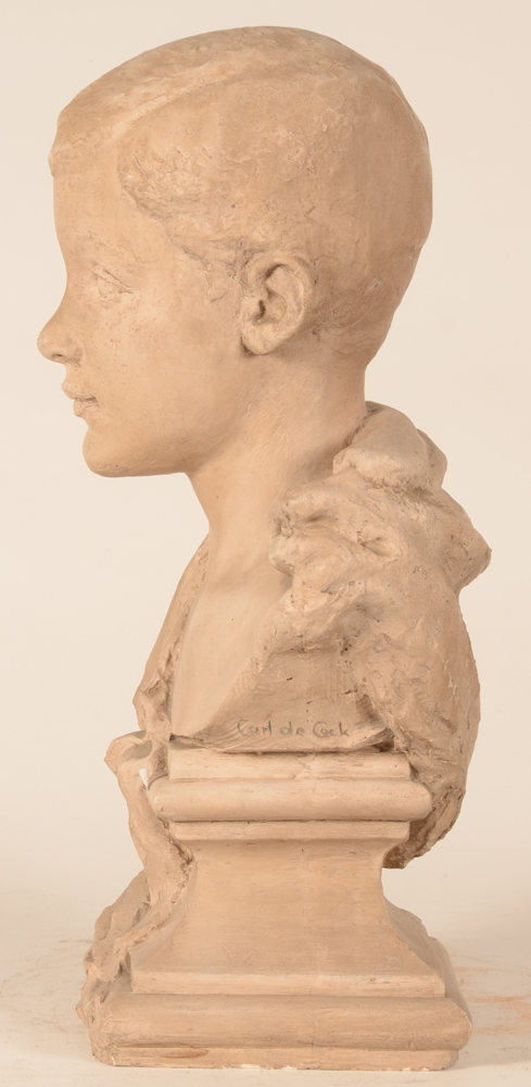 Carl De Cock — Side view of the sculpture