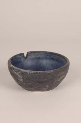 "1968-1969 — Bowl, 6 x 9,5 cm, impressed mark ""JM"" and glaze formula (bottom)."