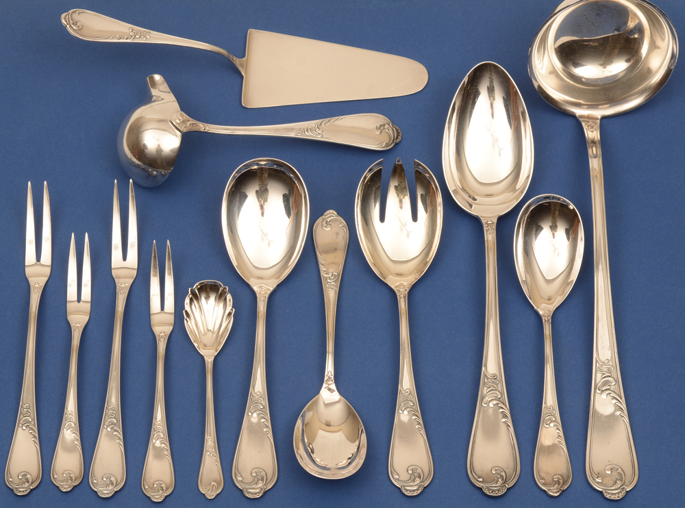 Auerhahn silver cutlery set — Set of sterling silver serving pieces (one small fork not on the photograph but inlcuded with the set)