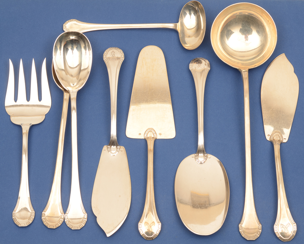 Henin et Co — The set of silver serving pieces