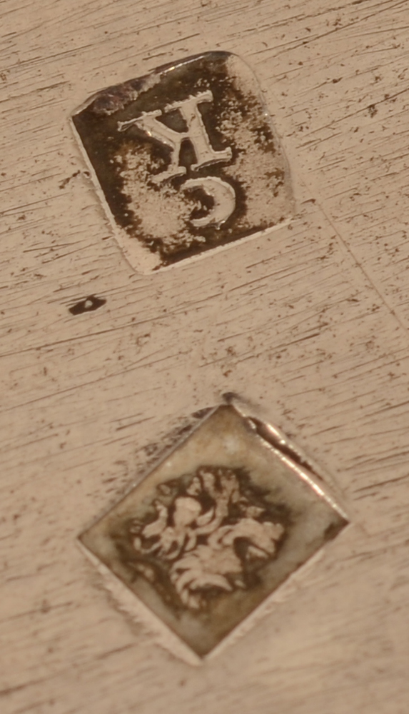 Pierre Kerckx — Detail of the makers mark and alloy mark on the bottom