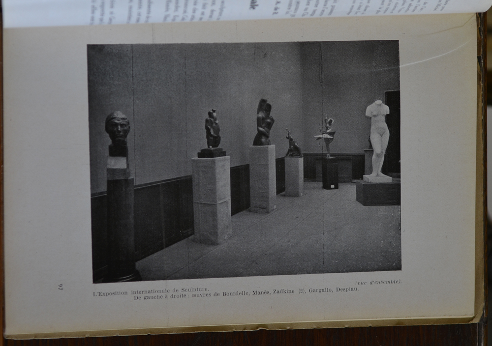 Le Centaure Fevrier 1930 — International exhibition of sculpture in Paris with work by Bourdelle, Manes, Zadkine, Gargallo and Despiau