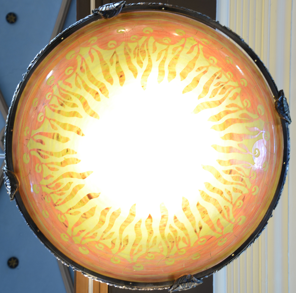 Le Verre Francais — View of the light, diameter 59,5 cm