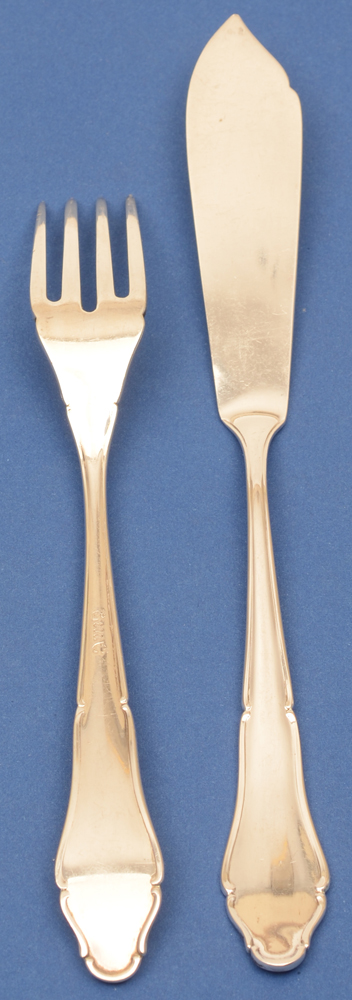 Lutz und Weiss — Silver fish knif and fork (fork showing back)
