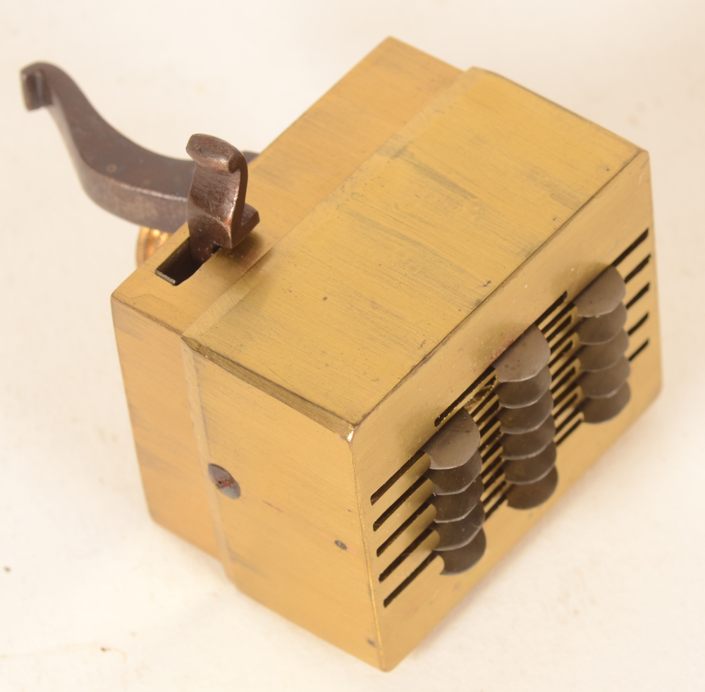 Medical scarifier — The base of the instrument with blades adjustable in height
