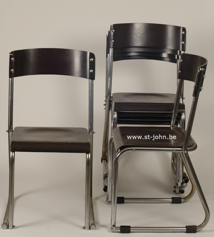6 Modernist stacking Chairs