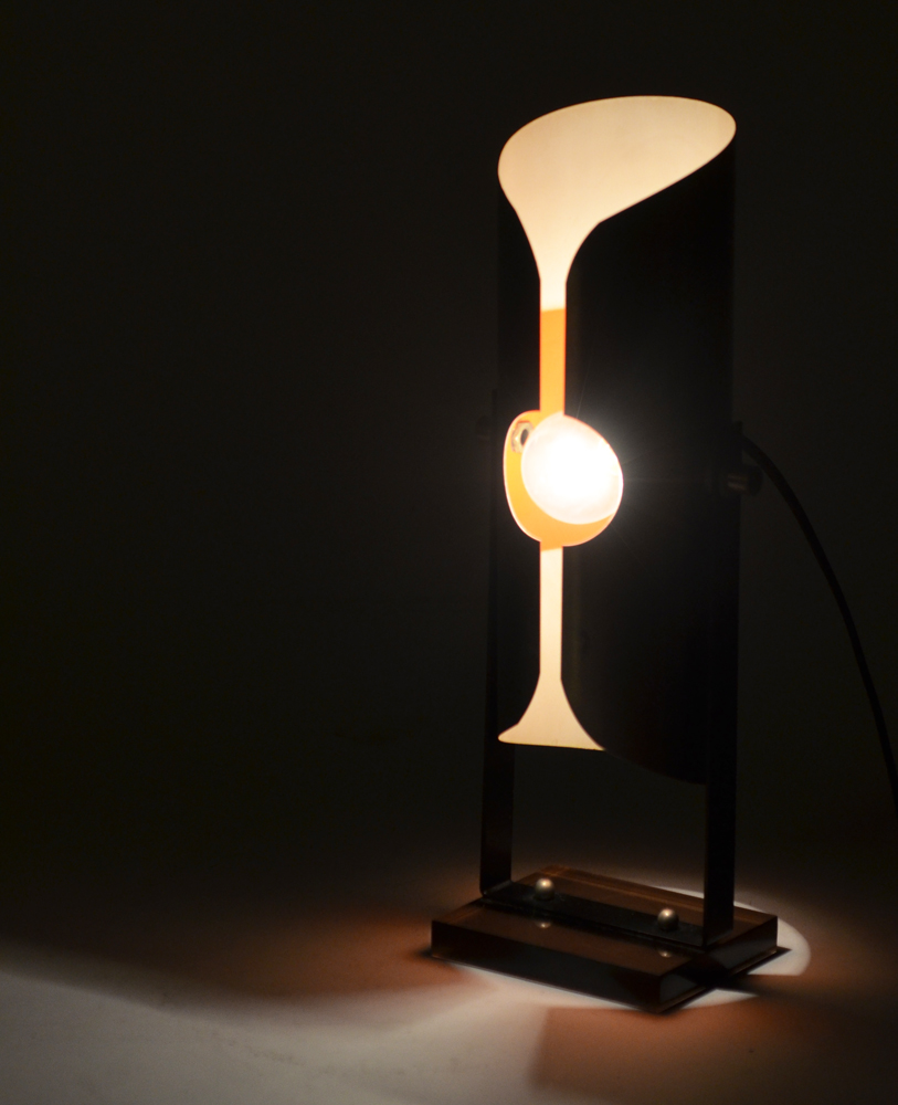Moonlight lamp — Lights out!