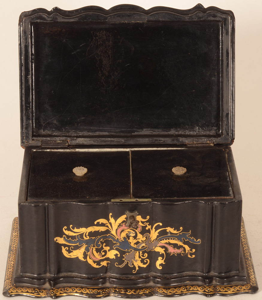 Napoleon III lacquered tea caddy  — Tea caddy open, showing two lids with mother of pearl carved knobs