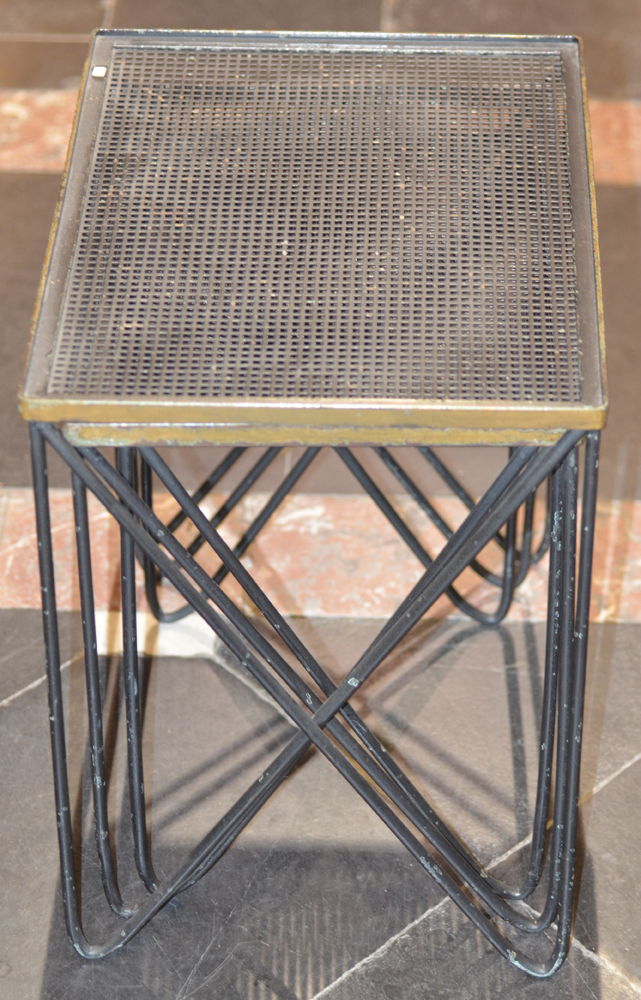 Set of metal nesting tables mid-century — Side view
