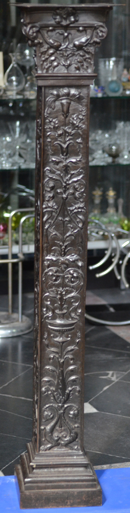 Cast Iron pedestal  — Side with plant ornaments in renaissance style
