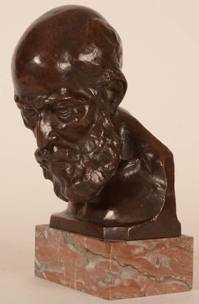 Olivier Maurice Piette — <p>Bust turned to the left, on the original marble base</p>