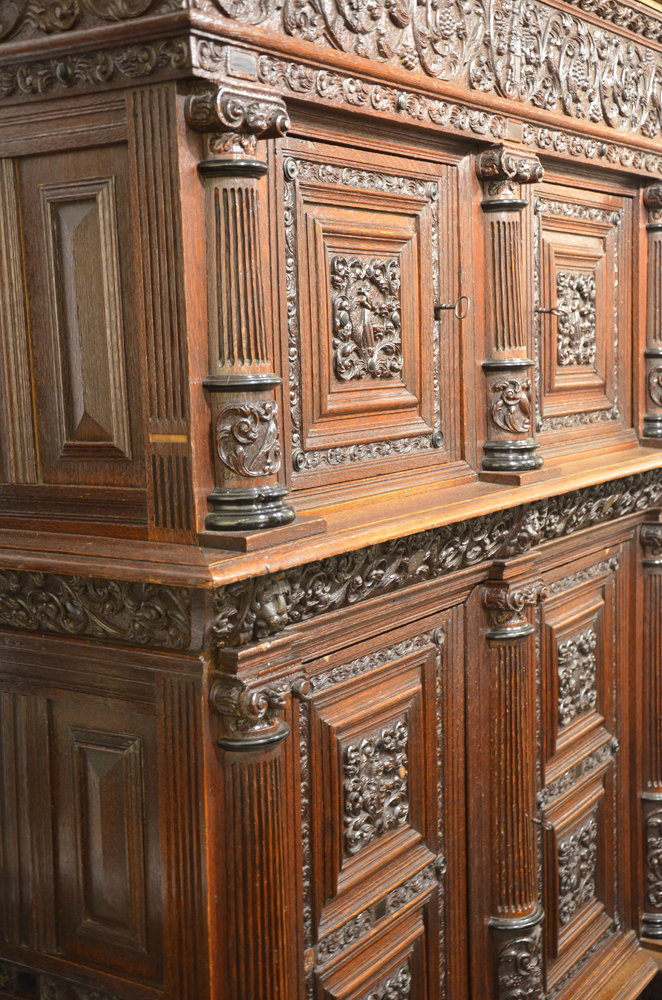 Dutch Renaissance cupboard — Detail view from the left