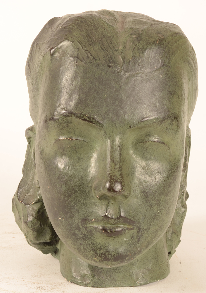 Geo Rombaut — Frontal view of the sculpture, possibly form the 1940-1950's.