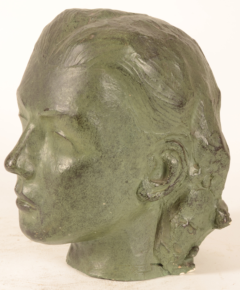 Geo Rombaut — Profile view of the bust