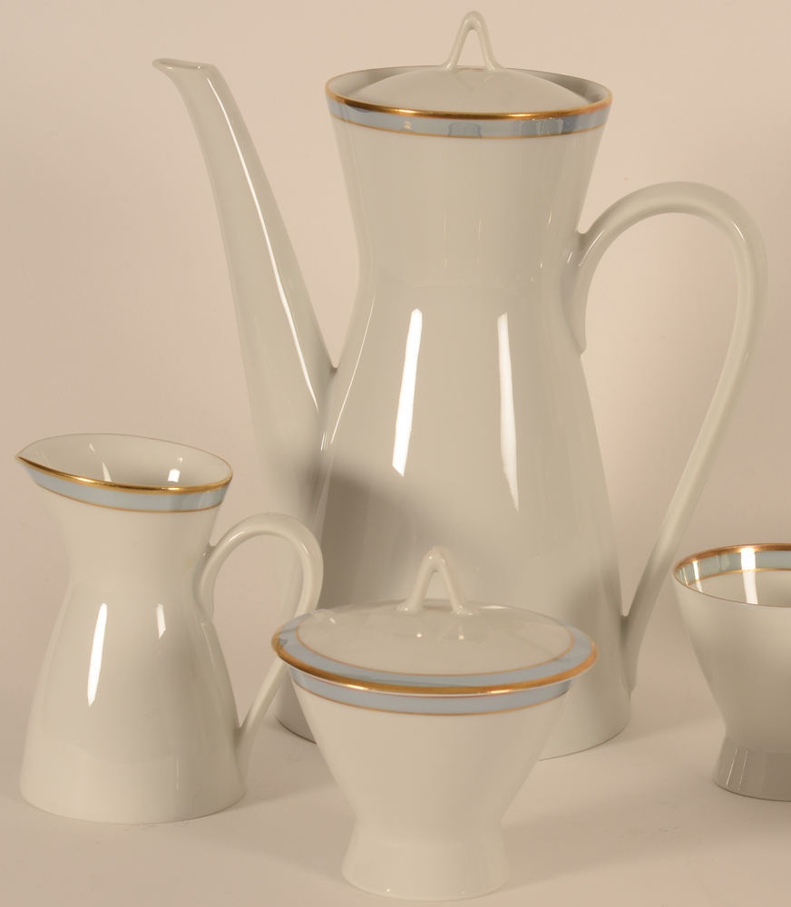 Raymond Loewy for Rosenthal coffee set — Deatil of the coffeepot, milk jug and sugar pot