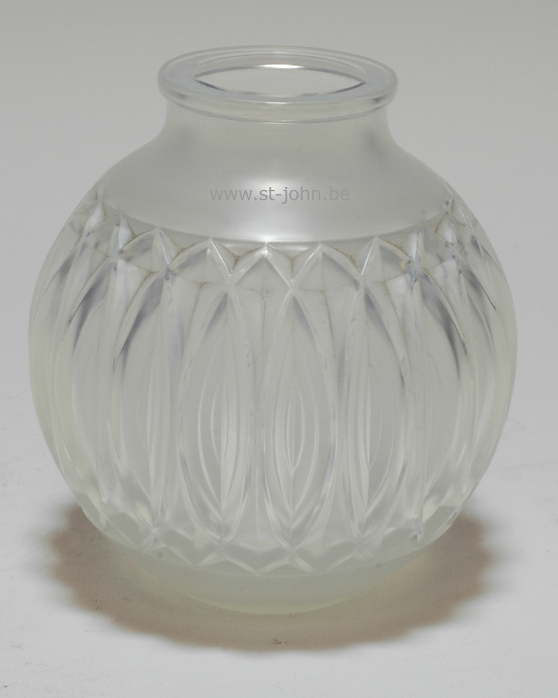 Sabino vase, without the mount.