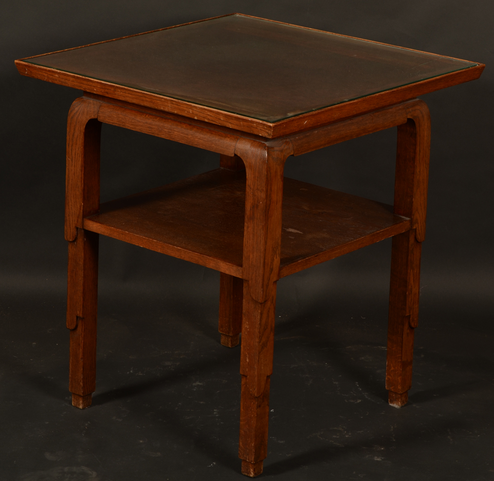 Charles van Beerleire — Side view showing the typical Van Beerleire decorative table legs