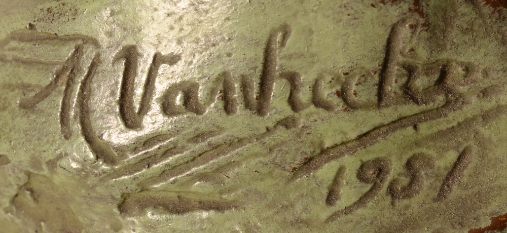 Modest Van Hecke — Signature of the artist and date, at the side of the sculpture