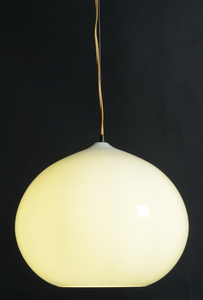 Vistosi — Same lamp, showing the original hanging system