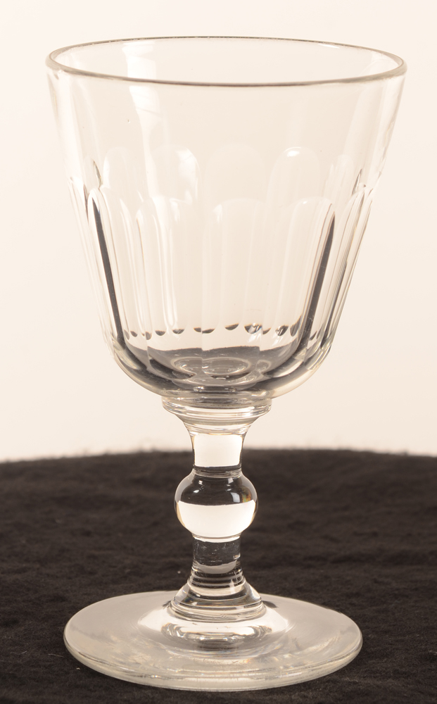 Drinking glass ball stem — <p>19th century glass, côtes plates, stem with sphere</p>