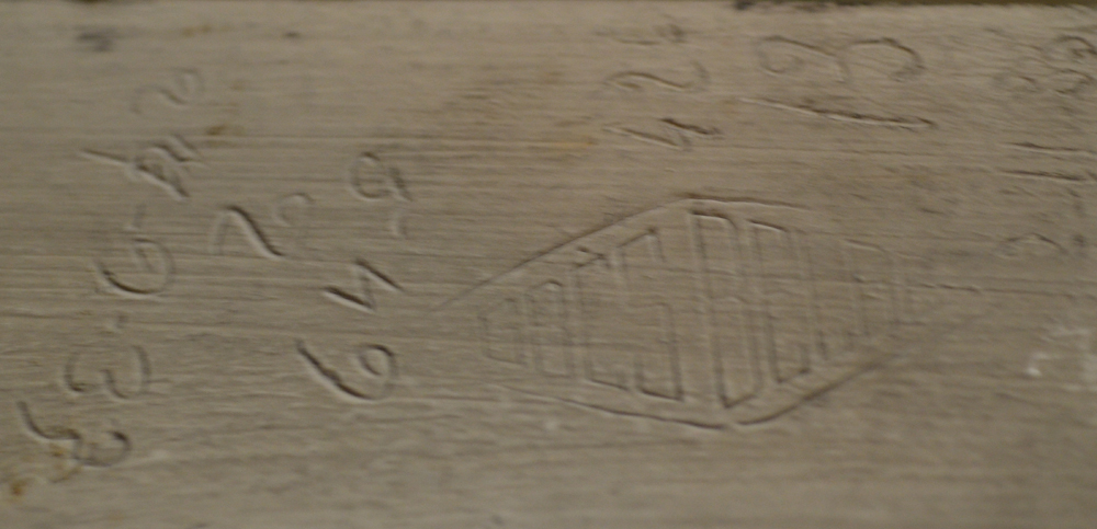 white ceramic art deco table — Inscriptions and mark on the unglazed side
