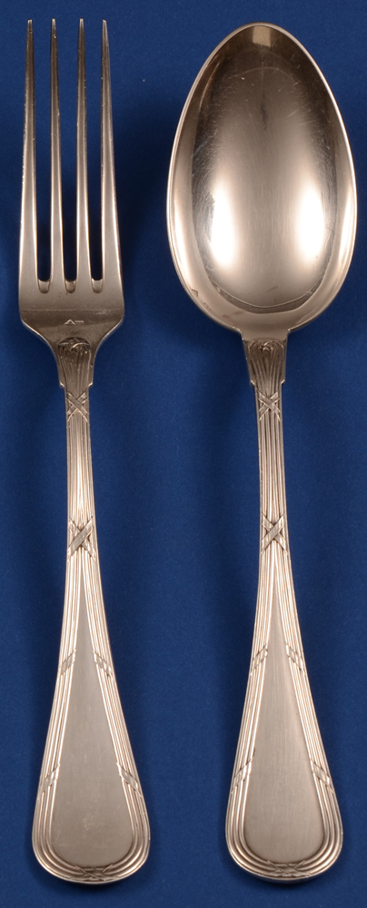 Wolfers Freres 223 Filets Rubans Fork and Spoon — Wolfers zilveren vork en lepel van het model Filets Rubans, te koop in serie of per stuk