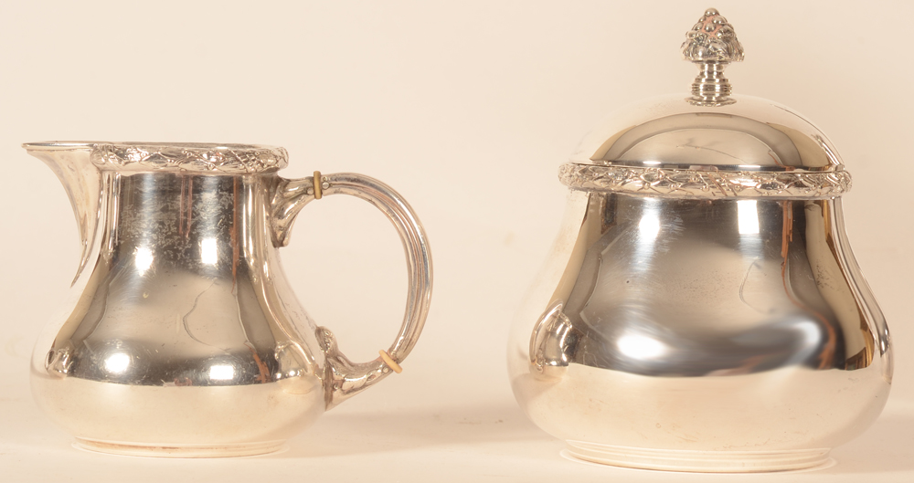 Wolfers Frères — detail of the silver Milk jug and sugar pot