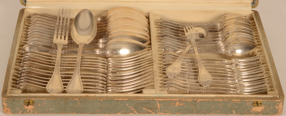 Wolfers Frères — the cutlery in the original box