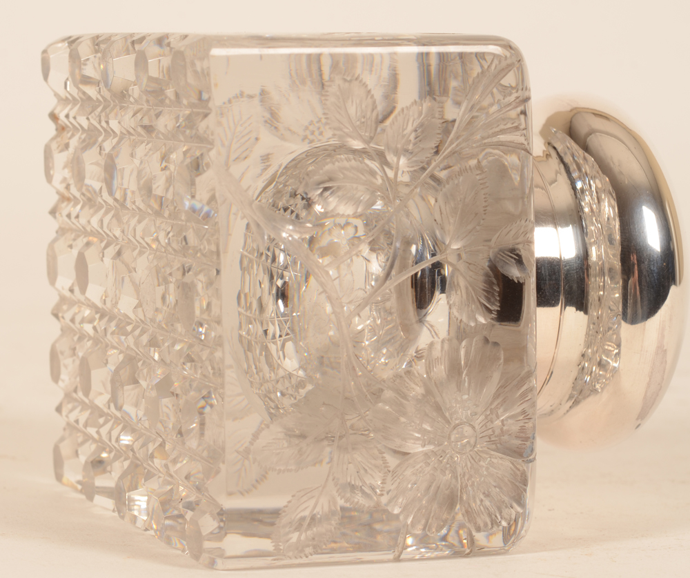 Wolfers Freres — View on the cut base, the crystal probably by Val Saint-Lambert