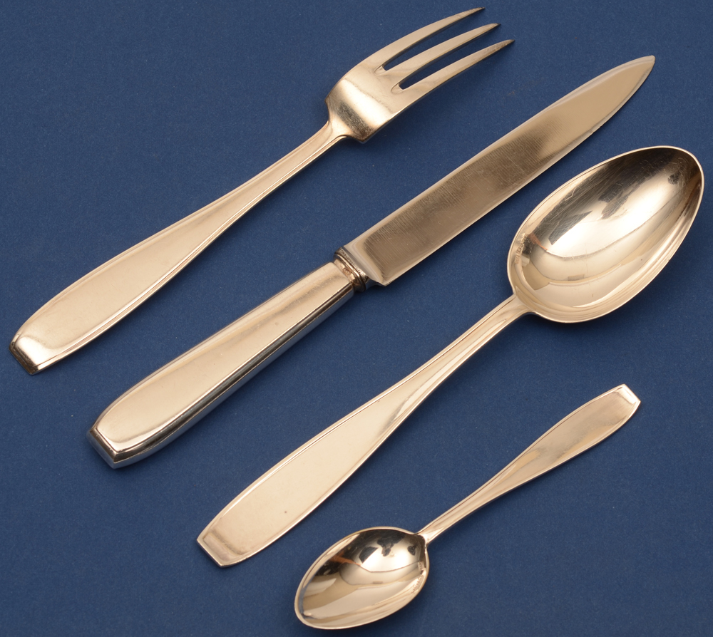 Wolfers Frères  — <p>Starter fork, knife and spoon and mokka spoon in silver</p>