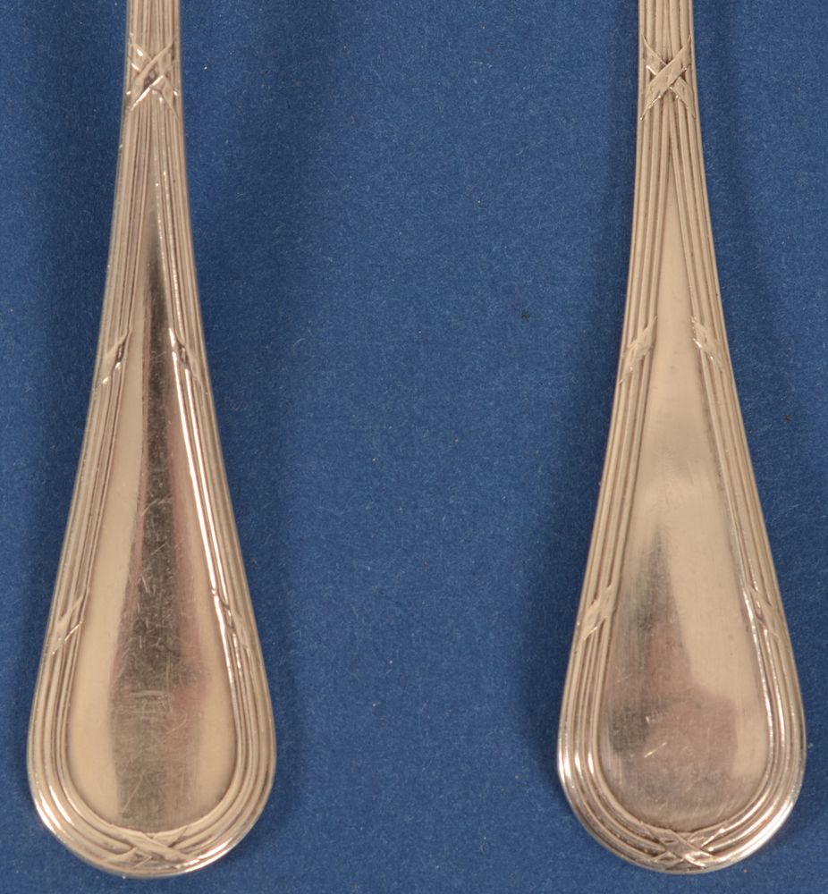 Wolfers Frères — Detail, front and back of the spoons