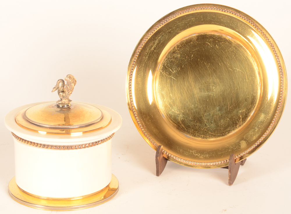 Wolfers Frères  — The box with the silver gilt dish on a stand