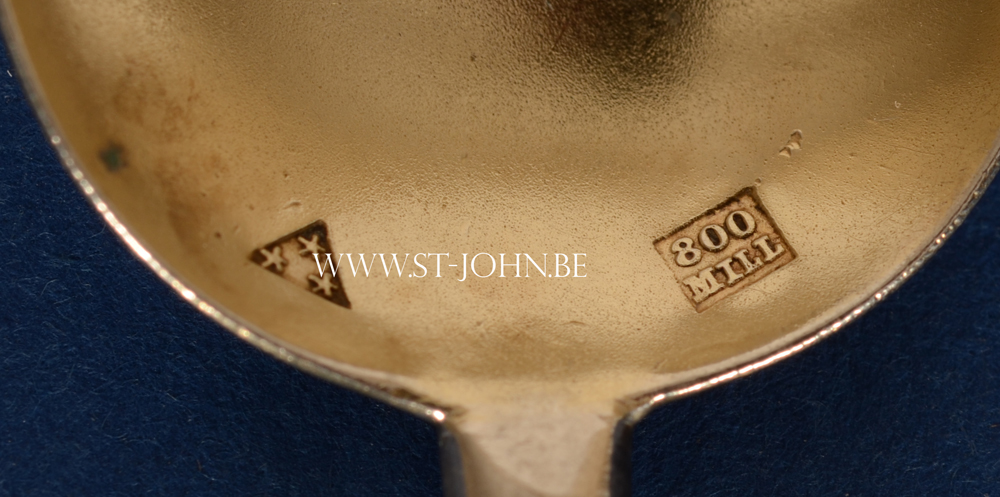 Wolfers Freres — Makers mark and early alloy mark 800 Mill