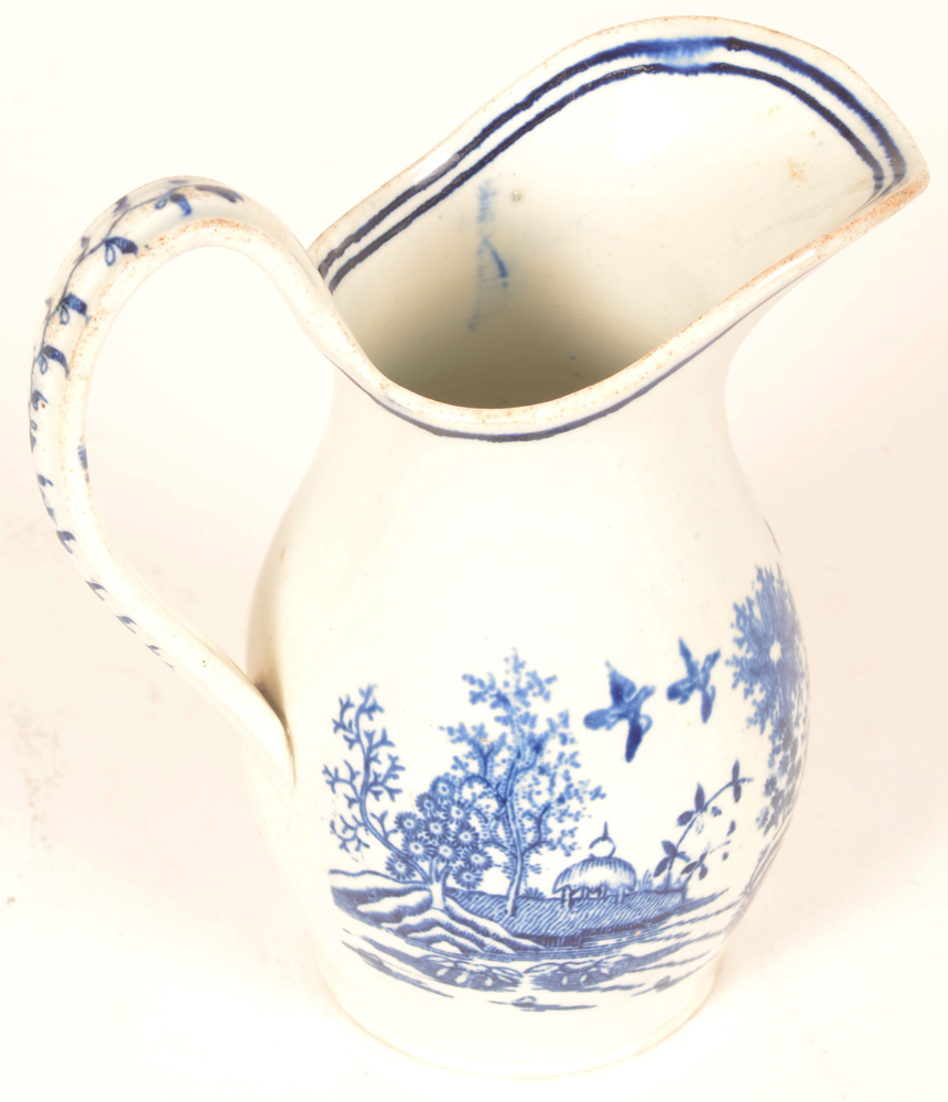 18th century Worcester porcelain milk jug — backview of the pattern