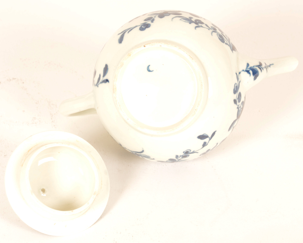 18th Century Worcester porcelain teapot — Blue crescent Dr. Wall period mark on the bottom