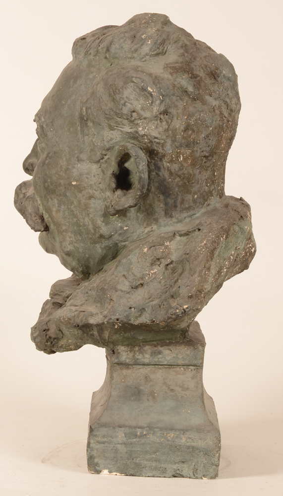 Alberic Ysabie — Side view of the large imposing bust