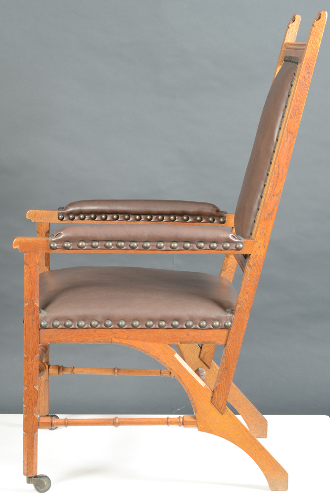 Matthias Zens — Armchair in Gothic Revival style, in perfect condition.