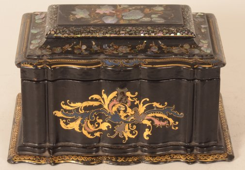 Napoleon III lacquered tea caddy