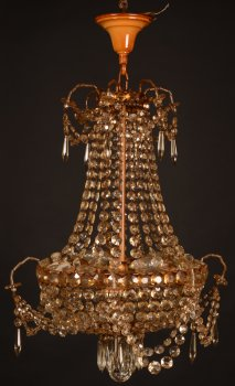 Small sac-a-perles chandelier