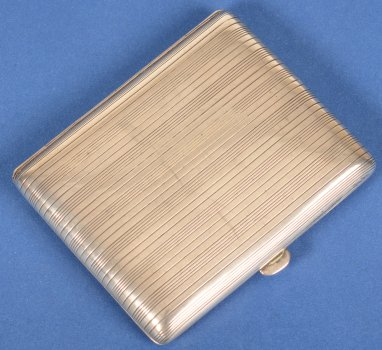 Silver cigarette case St-Michel
