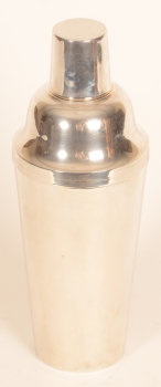 Wolfers Frères silver art deco shaker