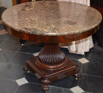 Charles X round table