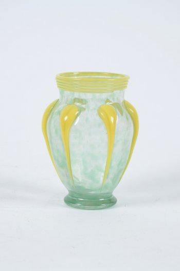 Daum Nancy vase a applications
